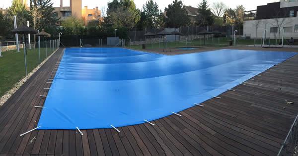 Montaje de lonas para piscinas for Lonas para piscinas
